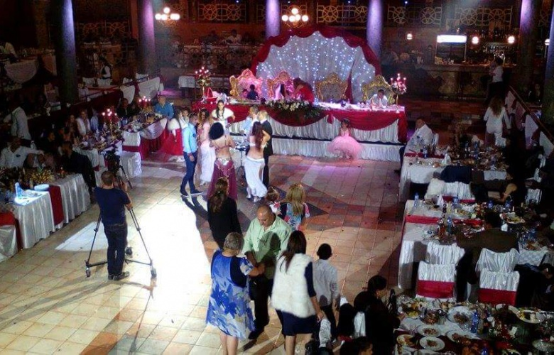 Танцьорки на кючек ориенталски танци (снимка)